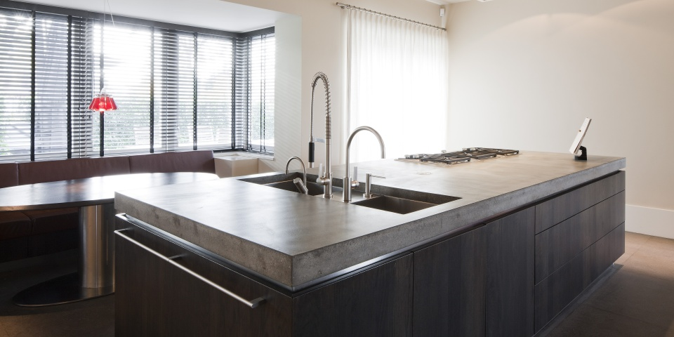 Moderne Keuken FotoS : Moderne Keuken Eiland : Hollands maatwerk moderne greeploze keuken