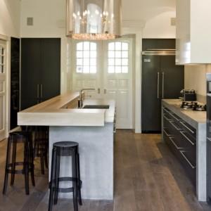 Hollands maatwerk royale keuken met bar - Kleine keuken met bar ...